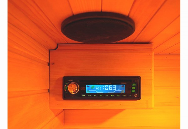AM/FM CD with MP3 Input & 2 Speakers